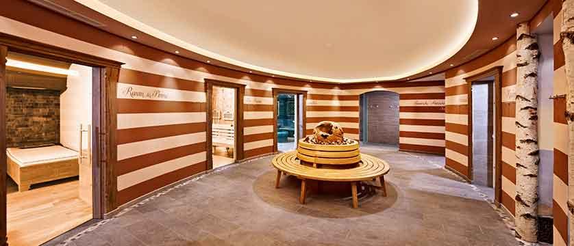 Austria_Alpbach_Hotel-Alpbacherhof_Spa-area.jpg